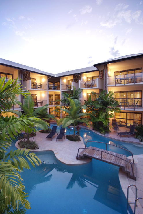LUXURY PORT DOUGLAS ACCOMMODATION IN QUEENSLAND AUSTRALIA