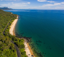 The scenic coastal drive between Cairns & Port Douglas